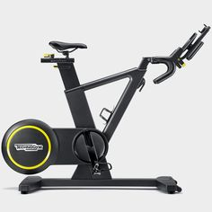 Skillbike is the first stationary bike with a real gear shift. Experience the thrill and challenges of outdoor cycling on infinite virtual routes. Performance Cycle, Fitness Facilities, Spin Bikes, No Equipment Workout, Fitness Equipment, Sport Body, Bike Design, Workout Rooms, Challenges
