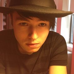 ♥ the hat...