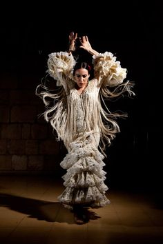 Clarita-Flamenco-807.12-14.jpg (350×525)