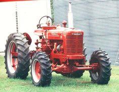 Farmall 4x4 tractor
