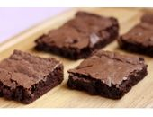 A better brownie recipe Dukan Brownies  12T oat bran 6T wheat bran 1/2 cup pumpkin 12.3 oz box silken tofu (firm) 1/3 cup cocoa (no sugar/no fat variety) 2/3 cup splenda 1tsp baking soda 1 tsp vanilla extract 1 egg Dash of milk  Mix everything together, and mix well! Cook for 20 minutes at 450 degrees.