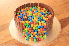 illusion candy cake, geburtstag, kindergeburtstag, mums m&ms, kuchen, torte, süigkeiten, candy cake