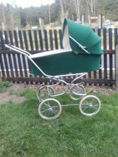 Vintage Pram, Prams, Kids And Parenting, Baby Strollers, Children, Blythe Dolls, Bebe, Kids Wagon, Toddlers
