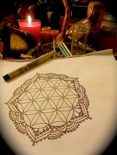 31 Ideas for tattoo flower of life mandala design Tattoo Life, Flower Of Life Tattoo, Flower Tattoos, Trendy Tattoos, New Tattoos, Tatoos, Mandala Design, Sacred Geometry Tattoo, Schulter Tattoo