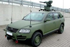 Volkswagen Touareg Military Edition-Just the thing for NJ highways...