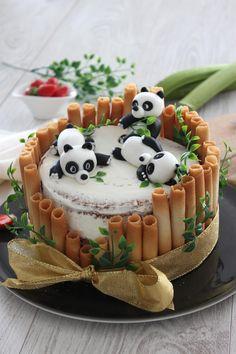 Panda Birthday Cake, Animal Birthday Cakes, Birthday Cake For Him, Pretty Birthday Cakes, Birthday Cake Designs, Women Birthday, Dog Birthday, Birthday Quotes, Birthday Wishes