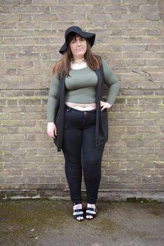 Boohoo Plus Plain Black Sleevless Waistcoat http://www.cardifforniagurl.co.uk/2015/04/boo-hoo-plus-how-to-style-plain-black.html