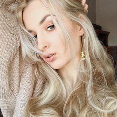 You're a wildflower#selfie #blonde #longhair #longhairdontcare #gold