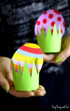 Adorable Easter Crafts for Kids and Grown-Ups Alike - - Adorable Easter Crafts for Kids and Grown-Ups Alike Kinder basteln~ Frühling & Ostern DIY Papier Osterei Ei Gras Kinder Handwerk Bunny Crafts, Easter Crafts For Kids, Diy Crafts For Kids, Easy Crafts, Creative Crafts, Craft Kids, Craft Work, Diy Niños Manualidades, Diy And Crafts Sewing