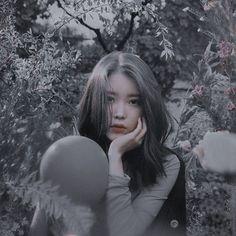 Ulzzang Korean Girl, Cute Korean Girl, Iu Fashion, Ulzzang Fashion, Emo Anime Girl, Cute Instagram Pictures, Uzzlang Girl, Anime Best Friends, Fandom
