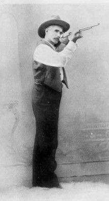 Felix Hibler - Texas Ranger. Birth: Mar. 19, 1856, Missouri. Death: Oct. 10, 1936, Burnet County Texas.