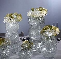 Learn how to make centerpieces, pew bows, bridal bouquets, corsages, boutonnieres and more.  Buy wholesale flowers and florist supplies.