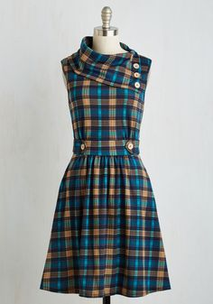 Fall Outfits in Plus Sizes - Coach Tour Dress in Teal Plaid