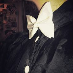 #papillon #white #black #vintage