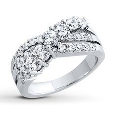 Diamond Ring  1 1/2 ct tw Round-cut 14K White Gold
