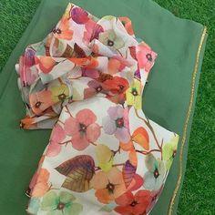 Simple Blouse Designs, Stylish Blouse Design, Bridal Blouse Designs, Saree Blouse Designs, Blouse Patterns, Blouse Designs Catalogue, Girls Frock Design, Designs For Dresses, Indian Blouse