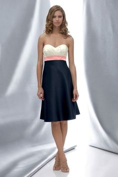Another pretty bridesmaids' dress from Wtoo