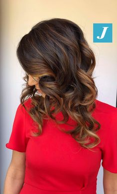 Esiste un Degradé Joelle per ogni donna #cdj #degradejoelle #tagliopuntearia #degradé #igers #musthave #hair #hairstyle #haircolour #longhair #ootd #hairfashion #madeinitaly #wellastudionyc