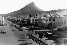 Buitengracht Street Old Pictures, Old Photos, Vintage Photos, Cities In Africa, Most Beautiful Cities, Back In Time, Historical Pictures, African History, Cape Town