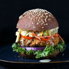 Homemade Veggie Burgers {meat eater approved} http://chocolatecoveredkatie.com/2014/03/21/lentil-burgers/