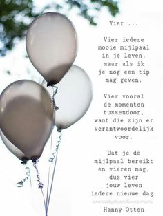Vier het leven Yoga Quotes, Wall Quotes, Words Quotes, Life Quotes, Sayings, Love Words, Beautiful Words, Dutch Quotes, Card Sentiments
