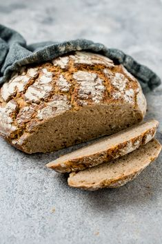 Bread Recipes, Snack Recipes, The Joy Of Baking, Vegan Bread, Breakfast Lunch Dinner, Sourdough Bread, Pampered Chef, How To Make Bread, Pumpkin Recipes