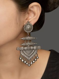 Stunning Jewelry Design In Cubic Zirconia Silver Jewellery Online, Fancy Jewellery, Silver Jewellery Indian, Silver Jewelry, Vintage Jewellery, Antic Jewellery, Silver Jhumkas, Silver Earrings, Jewelry Design Earrings