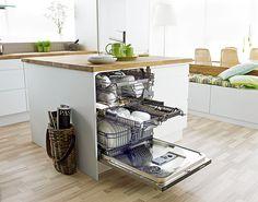 New theory of new kitchen life 〜 キッチンの新しいセオリー中央にミドルラックがついたアスコ食器洗い機 D5554 37万5900円(ツナシマ商事)。 海外の食器洗い機では鉄板の人気を誇るのがミーレ(ドイツ)