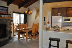 $250, sleeps 6 Lowest Priced / Beautiful Home! - Fishing - Horse Back Riding - Golf - Shopping - VacationRentals.com