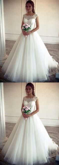 Vintage lace cap sleeves tulle ball gowns wedding dress for bride #weddingideas