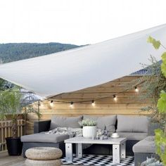 A patio is one of the features that many homeowners choose to decorate their outdoor living space. It's because a patio adds extra charm to the outdoo. Design Exterior, Interior Exterior, Patio Design, Exterior Signage, Restaurant Exterior, French Exterior, Exterior Shutters, Exterior Stairs, Exterior Remodel