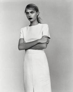 Chic Minimalist Style - white tailoring, minimal fashion // Ph. Alasdair McLellan