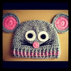 Crochet mouse hat - Gorro de ratón   Angelas Crafts