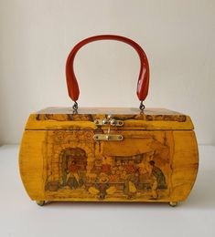 Lovely decoupage vintage wood purse with Anton Pieck street scenes Vintage Wood, French Vintage, Roof Paint, Anton Pieck, Edwardian Clothing, Decoupage Vintage, Vintage Handbags, To My Daughter, Two By Two