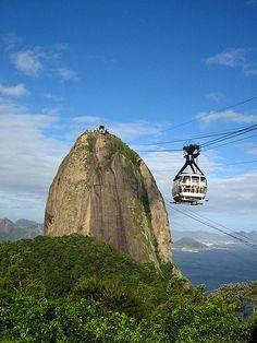 Pão de Açucar/ Sugar Loaf cable car. Rio de Janeiro/ Brasil