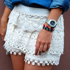 Really cute skirt or shorts..I can't tell which it is...lol.