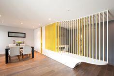 La paroi ondulée - contemporain - Salle à Manger - Other Metro - Gaëlle Cuisy + Karine Martin, Architectes dplg