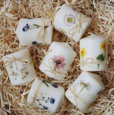 Świece z suszonymi kwiatami polnymi - Pracownia Faramuszka