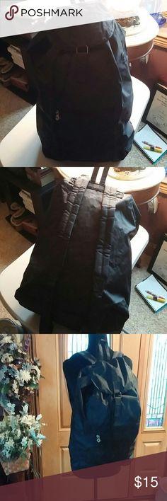 Samsonite Backpack Nice nylon Samsonite black Backpack.  Adjustable straps.  Also drawstring and Velcro closing.  Approximately 16 x 13 x 6 1/2 Samsonite Bags Backpacks