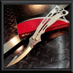 Spyderco Butterfly Knife