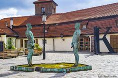 ferfiak_david-cerny_praga Pergola, David, Outdoor Structures, Art, Prague, Art Background, Outdoor Pergola, Kunst, Performing Arts