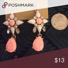Gorgeous peach JCrew Statement earrings Gorgeous peach JCrew Statement earrings. Brand new without tags, never been worn J. Crew Jewelry Earrings