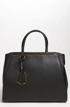 €2,129, Sac fourre-tout en cuir noir Fendi. De Nordstrom. Cliquez ici pour plus d'informations: https://lookastic.com/women/shop_items/9739/redirect
