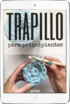 Curso Trapillo para principiantes / Santa Pazienzia Más We are want to say thanks if you like to share this post to another people via your . Love Crochet, Diy Crochet, Knitting Patterns, Crochet Patterns, Cotton Cord, Crochet T Shirts, Diy Couture, Crochet Videos, T Shirt Yarn