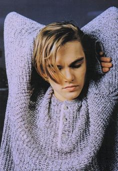 Hair musing: Leonardo Dicaprio | leonardo dicaprio, 90s hair, mens hair, romeo and juliet, the basketball diaries | Glasshouse Journal