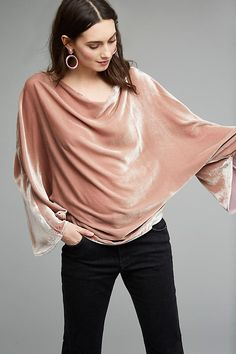 Slide View: 1: Lin Velvet Top, Pink