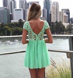 een leuk mint groen jurkje