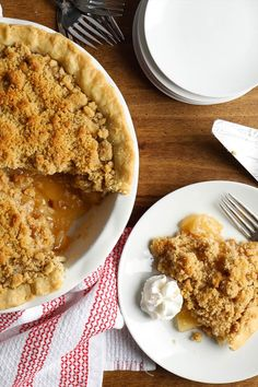 Homemade crumb topping elevates this Dutch Apple Pie recipe into a special occasion dessert that everyone will love. Pick your pie crust then use our easy Dutch apple pie topping for fall perfection. Dutch Apple Pie Topping, My Favorite Food, Favorite Recipes, Easy Thanksgiving Recipes, Pie Tops, Apple Pie Recipes, Quick Easy Meals, Summer Recipes, Sweet Tooth