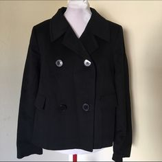 """ZARA Black Double Breasted Pea Coat A black short double breasted pea coat in great condition. It's soft and it has a flattering notched collar. It's 100% wool and black rayon lining. In a woman size 10. A great addition to any closet style. Has front pocket """"look"""". Bundle and save 15% 🛍 Zara Jackets & Coats Pea Coats"""