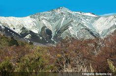 Foto de la Semana! Llego el Otoño a Bariloche, colores rojizos y montaña cruda, al limite de parecer una pintura - Mira todas las fotos de la semana: www.bariloche.org